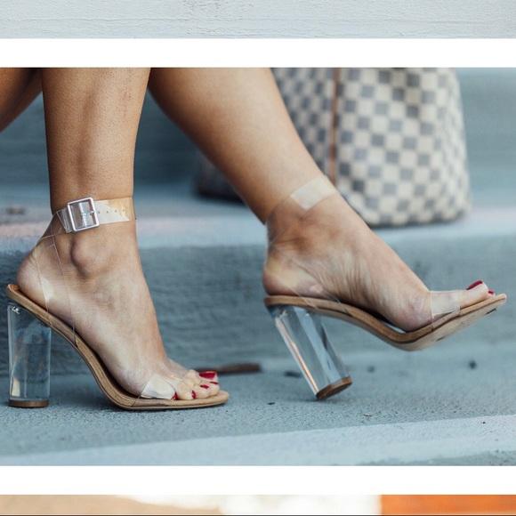 d0246249af5 🔥NEW STEVE MADDEN Clear Sandals